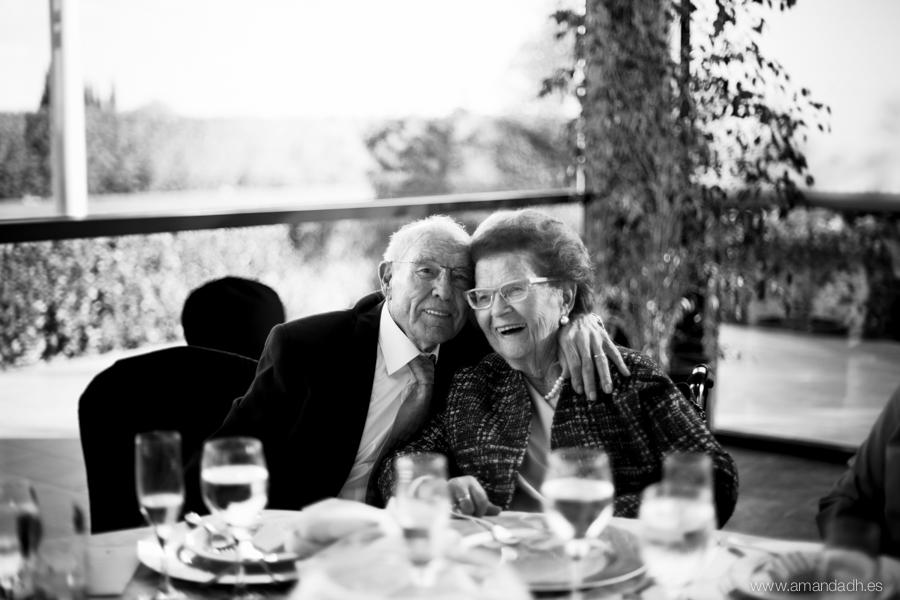 abuelitos en boda