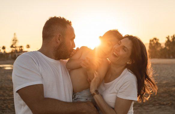 reportaje familia en la playa