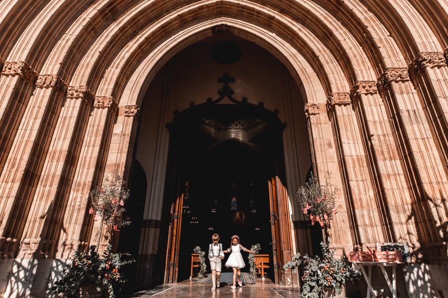 salida espectacular ninños iglesia